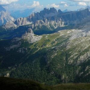 Dolomites cropped 2