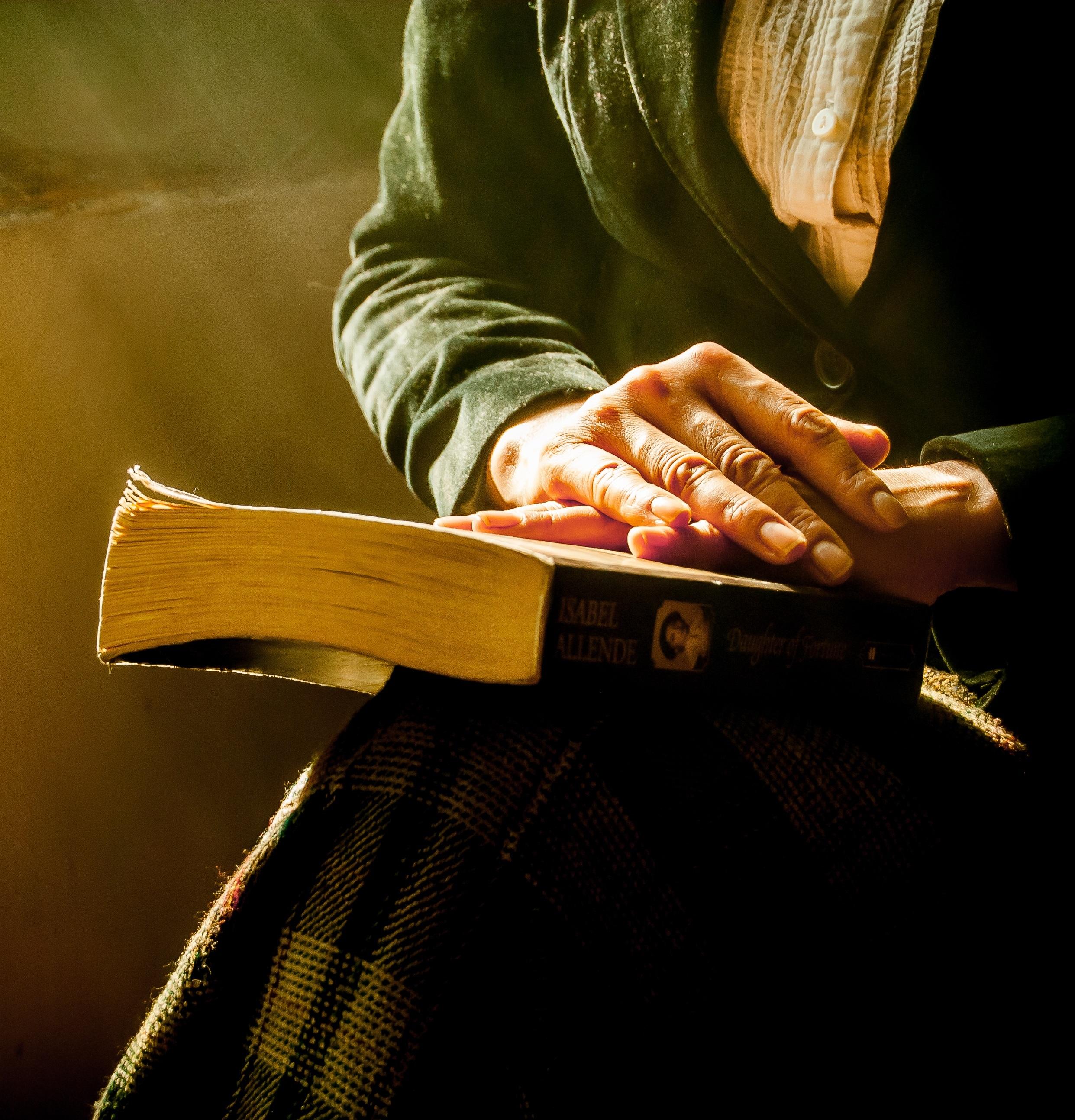 book-1421097-crop